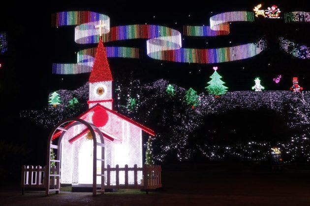 サンタクロースのイルミネーション写真