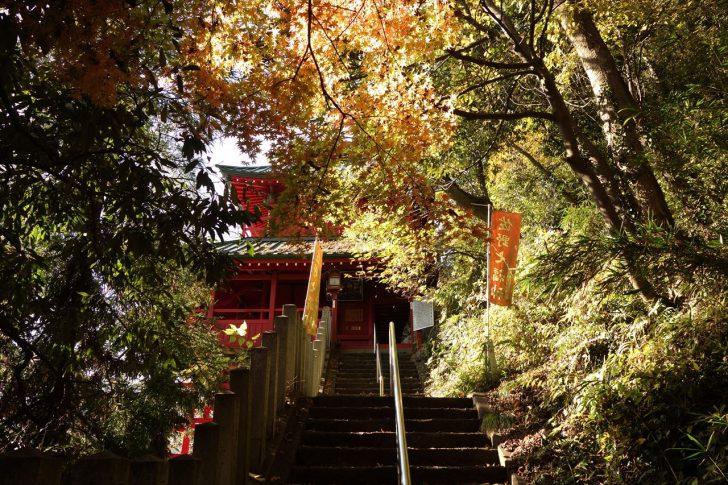 磯山弁財天の紅葉写真6