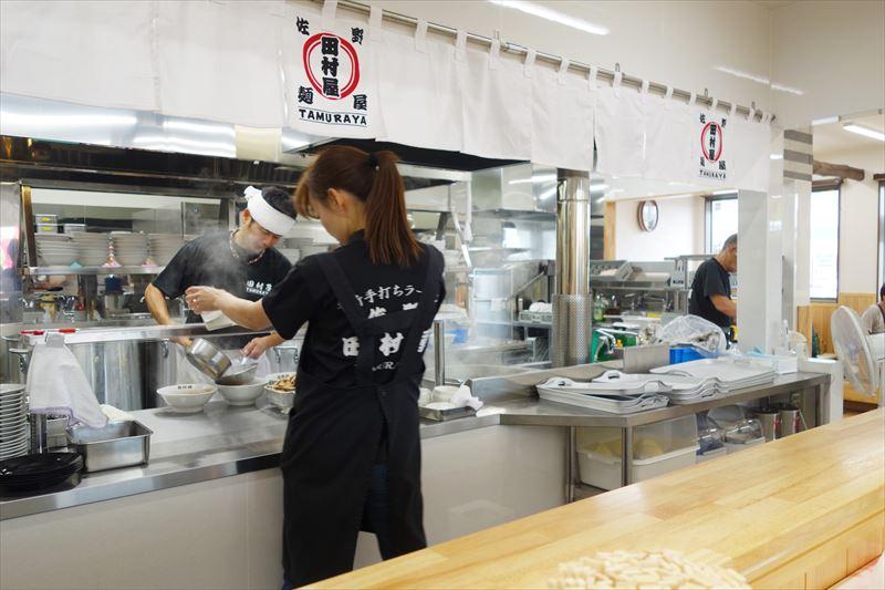 田村屋の厨房