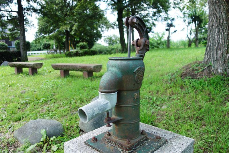 菊川第4公園のポンプ