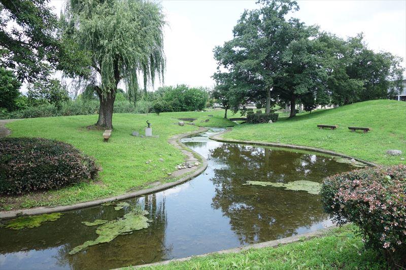 菊川第4公園の池