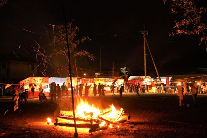 浅間の火祭りの露店