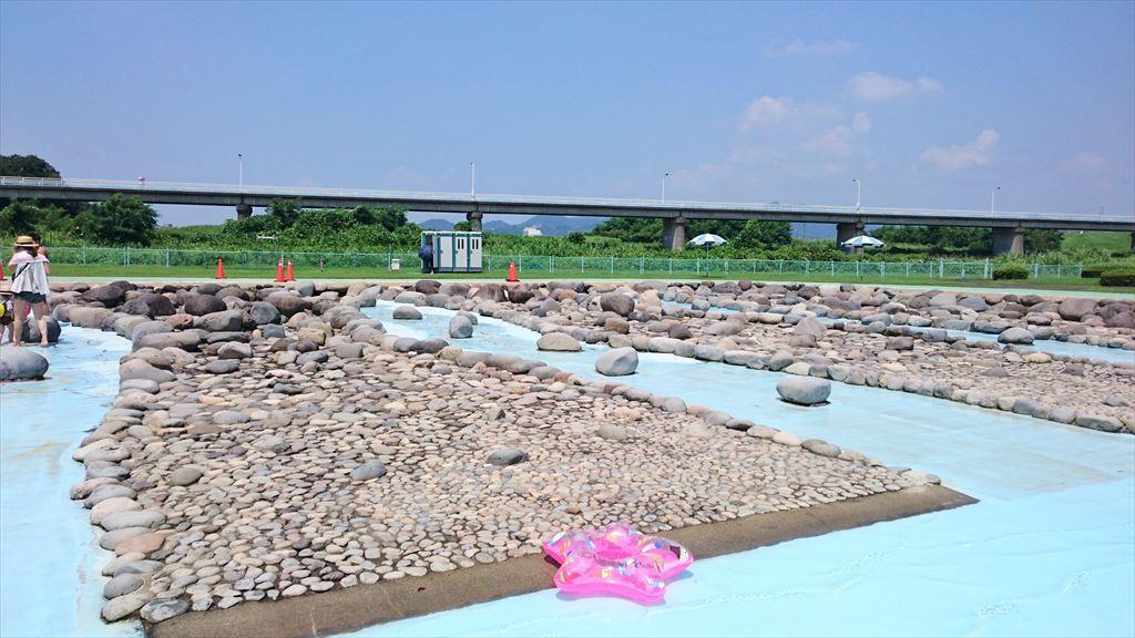 渡良瀬ウォーターパークの岩場
