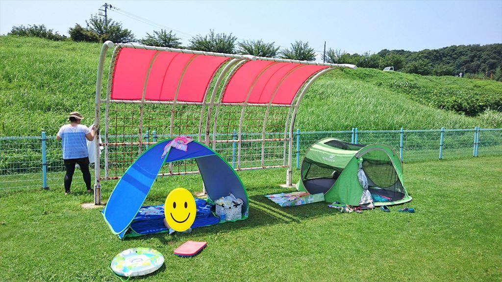 渡良瀬ウォーターパークの日よけスペースに設置したテント