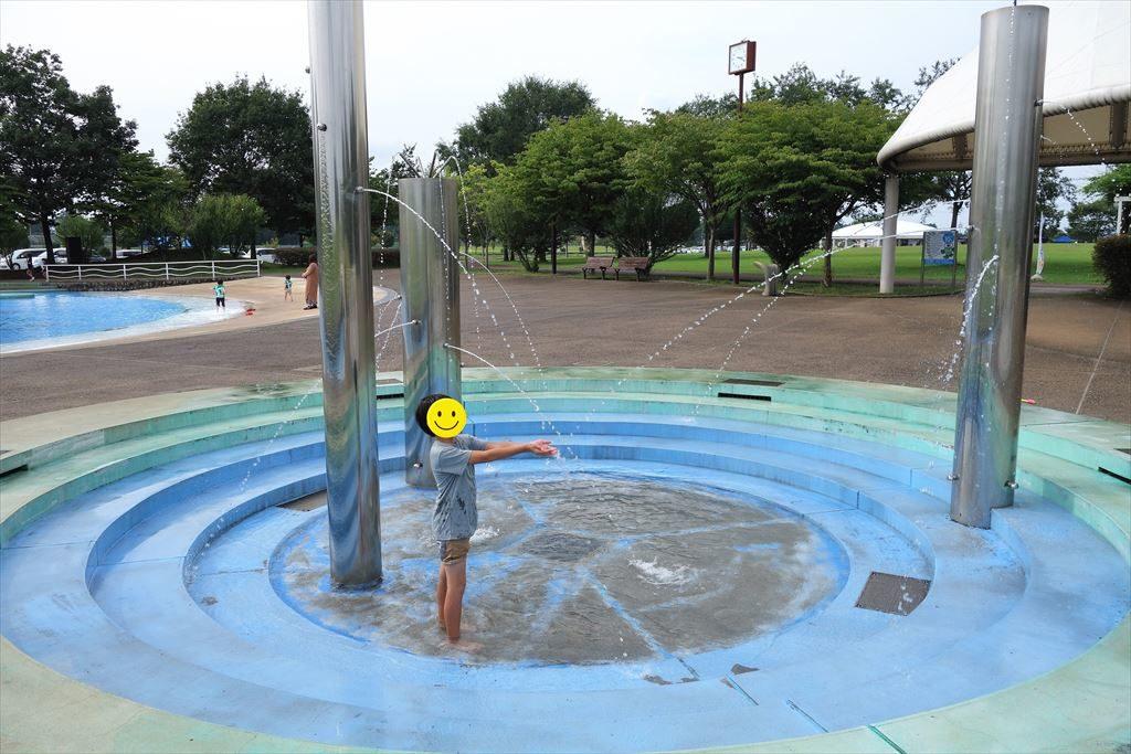 なかがわ水遊園の噴水広場2