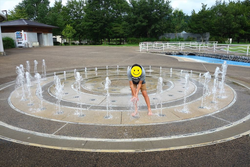 なかがわ水遊園の噴水広場1