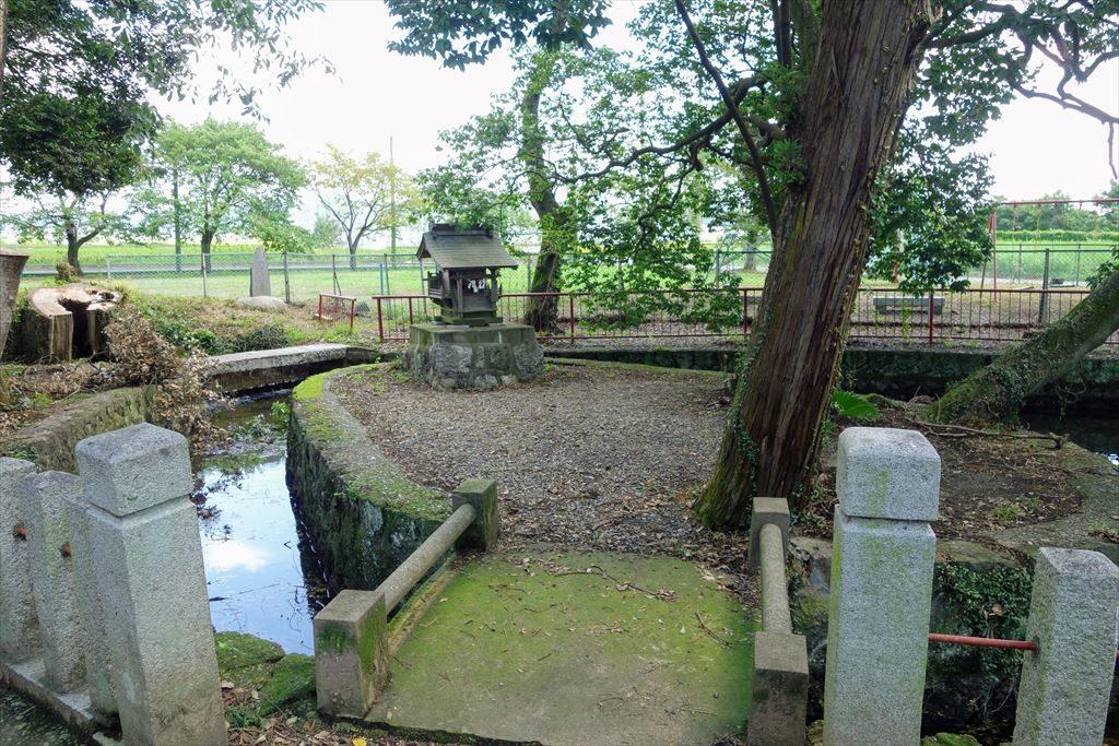 人丸神社の社
