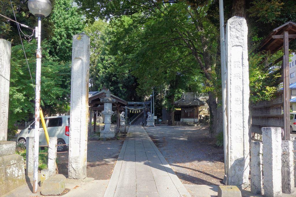 星宮神社の駐車場