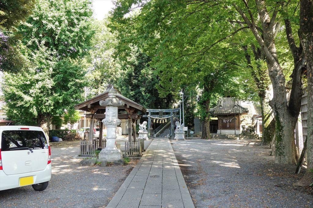 星宮神社の境内