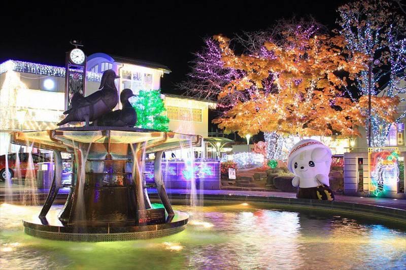 佐野駅前噴水広場のイルミネーション