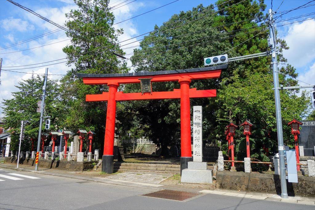 一瓶塚稲荷神社の鳥居