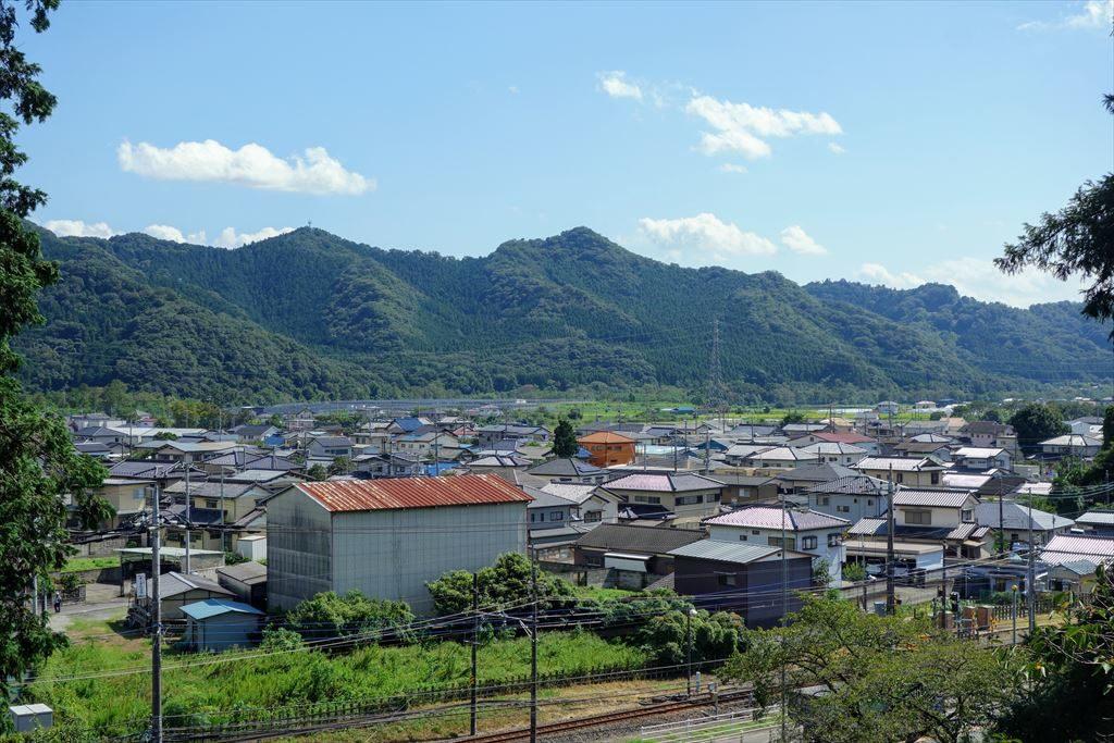 賀茂別雷神社から見える佐野市の山々