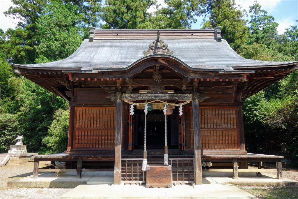 沼鉾神社の拝殿