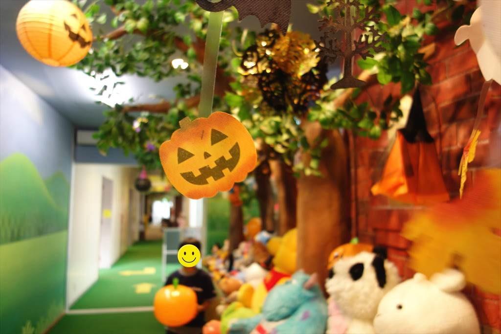 壬生町おもちゃ博物館の「もりのとんねる」