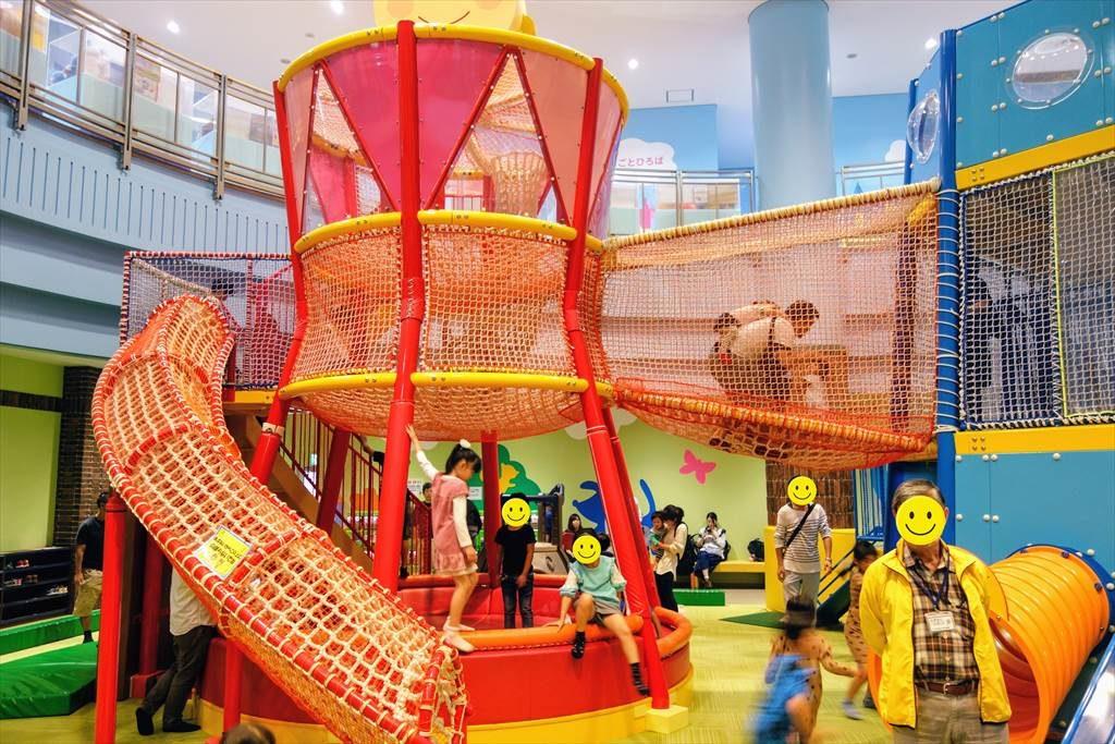壬生町おもちゃ博物館の「きんぐとくぃーいん」の遊具2