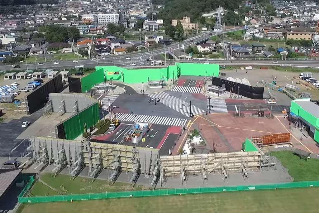 足利市の渋谷スクランブル交差点オープンセット