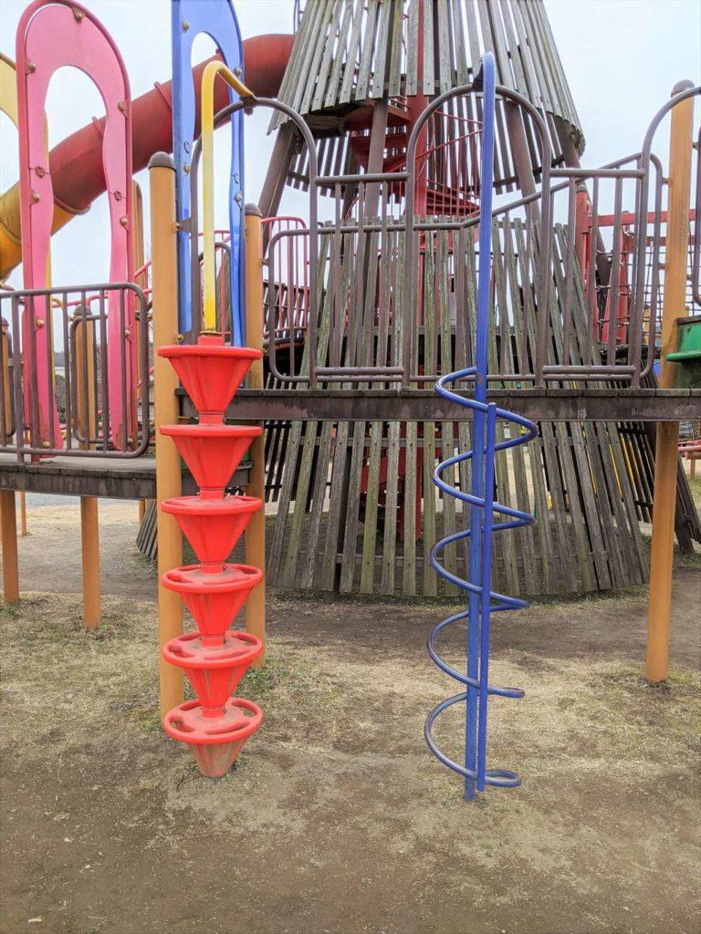 永野川緑地公園の大型複合遊具4